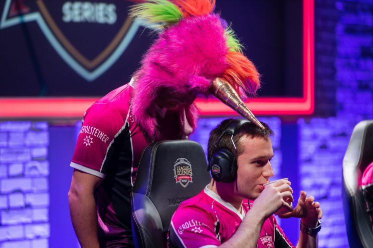 Vizicsacsi is the top laner for Unicorns of Love (lolesports)