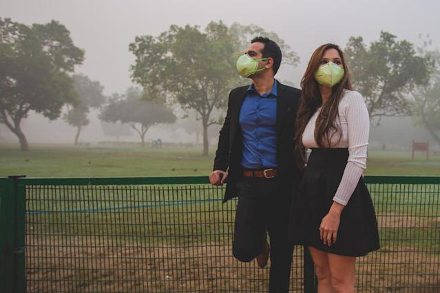 The photos haven't been retouched — this is what the smog looks like in New Delhi. (Photo: Banjara Studios)