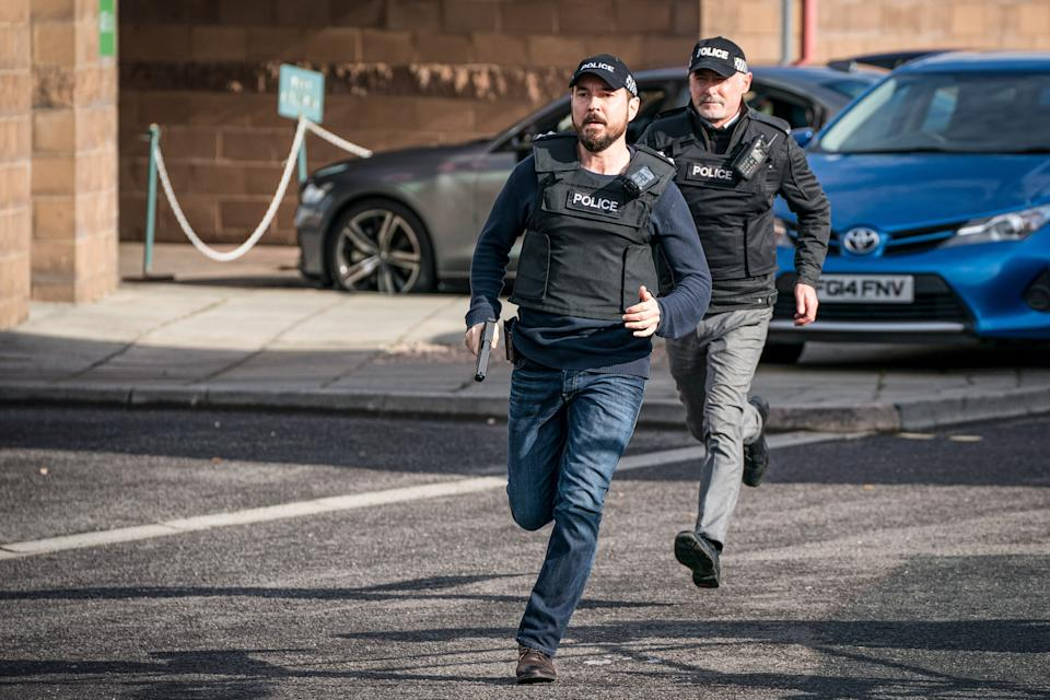 WARNING: Embargoed for publication until 00:00:01 on 13/04/2021 - Programme Name: Line of Duty S6 - TX: n/a - Episode: Line Of Duty - Ep 5 (No. n/a) - Picture Shows: *NOT FOR PUBLICATION UNTIL 00:01HRS, TUESDAY 13TH APRIL, 2021*  DI Steve Arnott (MARTIN COMPSTON), Supporting Artist - (C) World Productions - Photographer: Steffan Hill