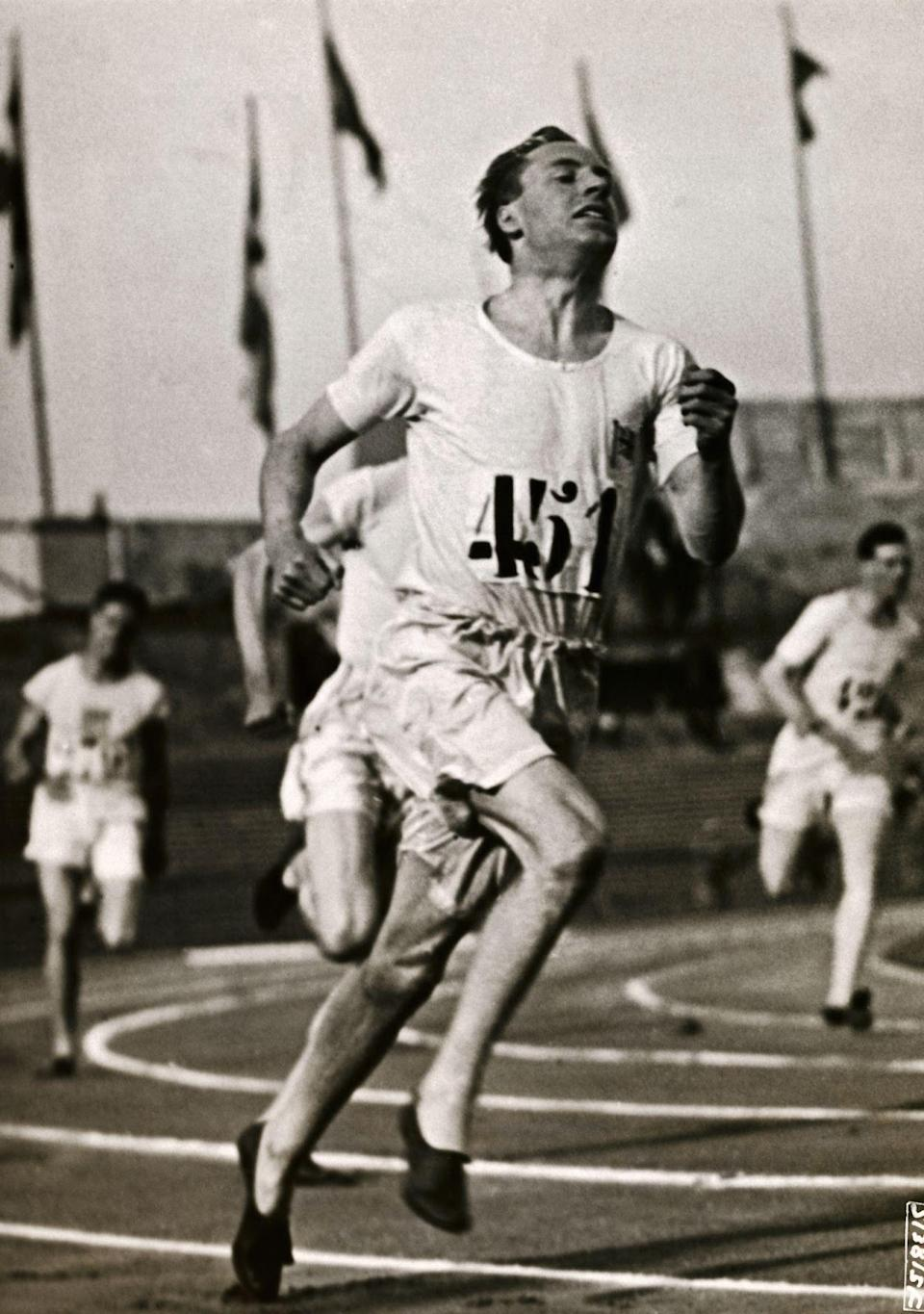 Eric Liddell winning the 400m finals at the 1924 Paris Olympic Games (PHOTO: George Rinhart/Corbis via Getty Images)