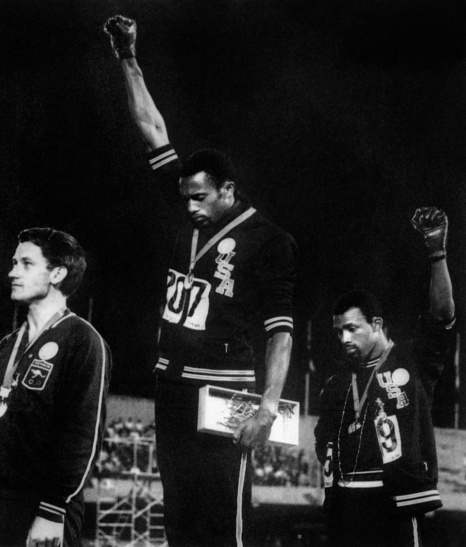 Tommie Smith salute