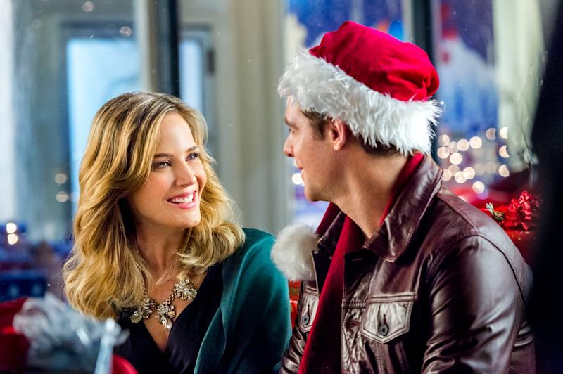 Homegrown Christmas Cast.Hallmark Has Revealed When It S Debuting 34 New Christmas