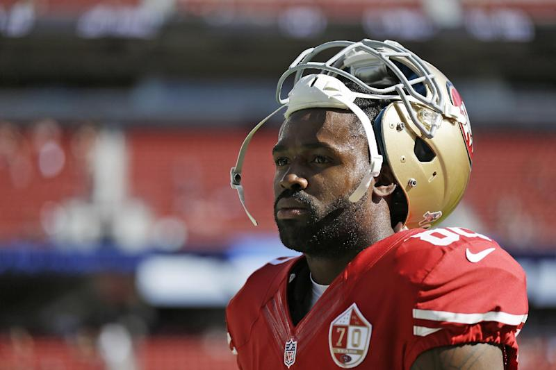 Panthers wide receiver Torrey Smith, shown here with the 49ers in 2016, said he was disappointed in the NFL's national anthem policy. (AP)