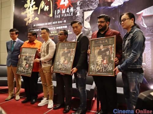 """Ip Man 4"" producer Raymond Wong, stars Donnie Yen and Danny Chan, and screenwriter Edmond Wong taking a commemorative photo with distributor Lotus Five Star's Datuk R. Doraisingam Pillai, Mr. Garuna Murthee and Mr. Karhiik Doraisingam at the press conference."