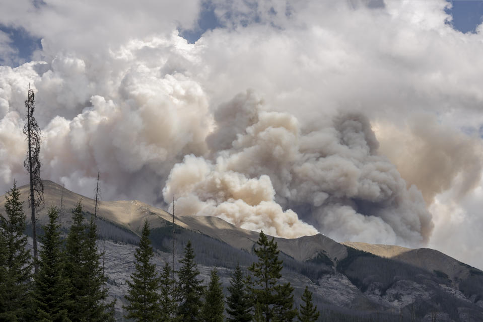 Though a surprising entrant in the list, Canada is warming twice as fast as the rest of the world, as per a federal government climate report. Canada has witnessed the effects of extreme climate vagaries in the form of melting ice caps, forest fires and flooding. <br><br>As per the 2019 Canada's Changing Climate Report, Atlantic Canada will see the largest relative rise in sea levels in the country, roughly 75 cm to 100 cm by 2100. Scientists predict that a 20 cm rise is expected to happen within the next 20-30 years. Climate change has also led to diseases, some such as dengue, chikungunya and malaria which are tropical ones, finding their way into the country through mosquitos.<em> <br><br></em>While the country saw extremely cold climate in January, 2018 (-45.2 degrees, the lowest in 100 years), record rises in temperature in April melted snowpacks causing floods. In May, 2018, around 4,000 people were displaced due to flooding, while a heatwave in Quebec in July 2018 killed 93 people. <br><br><em><strong>Image: </strong></em>Burning forest fire in British Columbia in Kootenay National Park