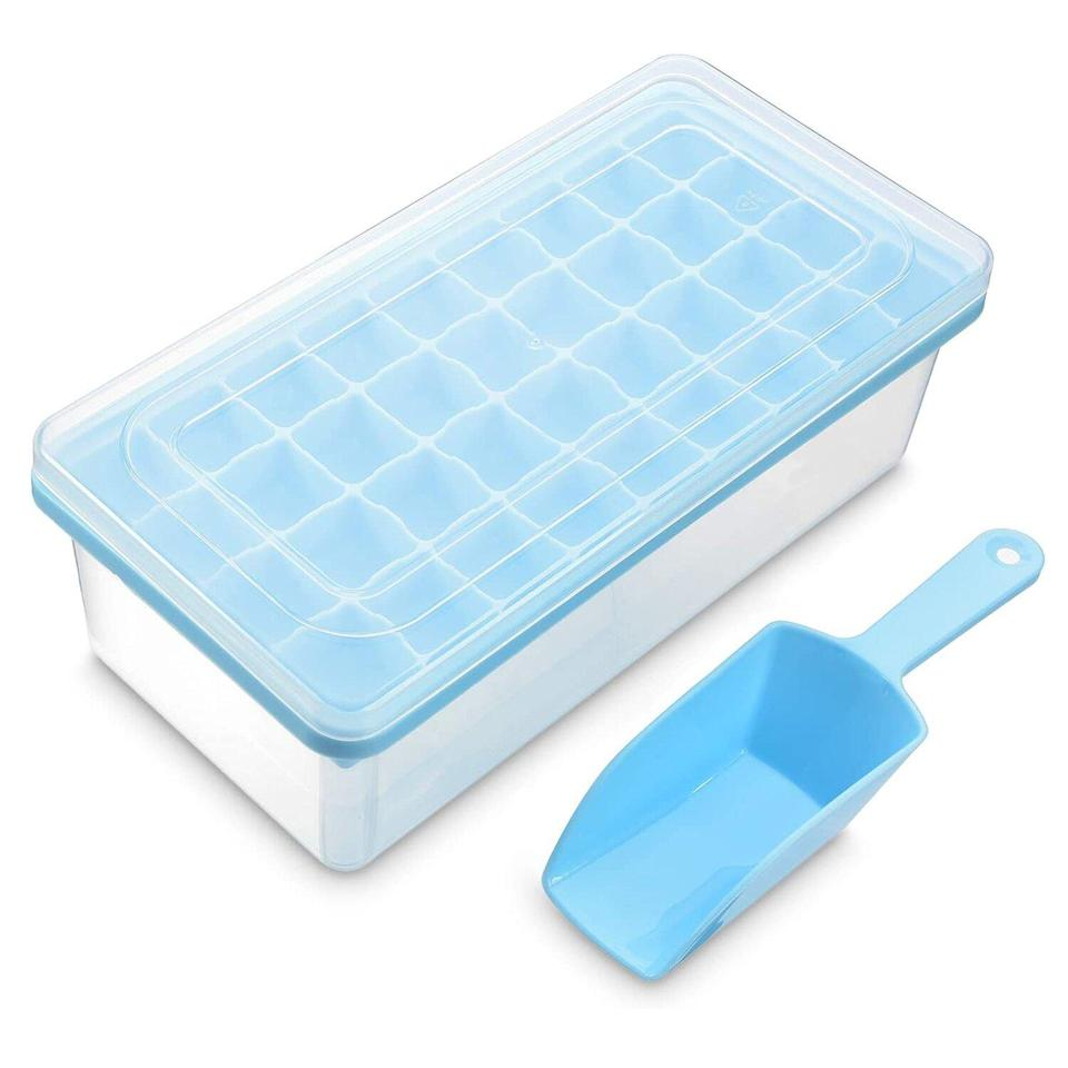 Ice Cube Tray With Lid and Bin