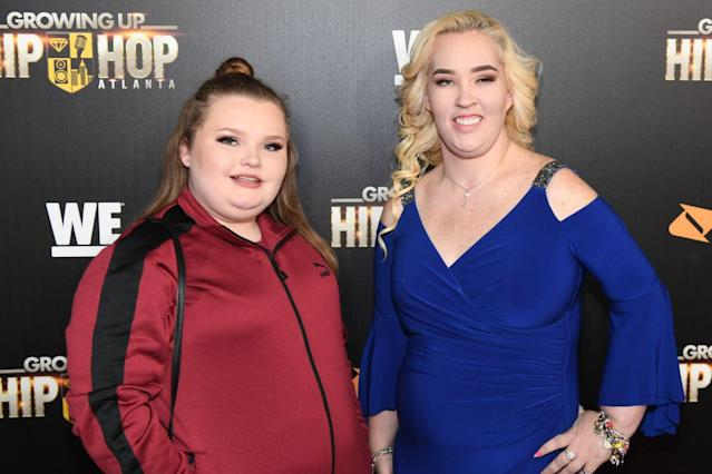 "Alana ""Honey Boo Boo"" Thompson and ""Mama June"" Shannon pictured on Jan. 9. (Photo: Paras Griffin/Getty Images for WEtv)"