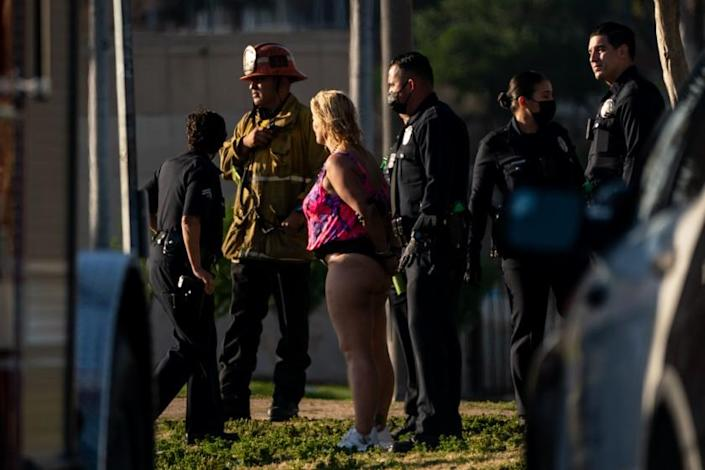 LOS ANGELES, CA - APRIL 02: LAPD responded to reports of a woman with a gun at MacArthur Park on Friday, April 2, 2021 in Los Angeles, CA. (Kent Nishimura / Los Angeles Times)