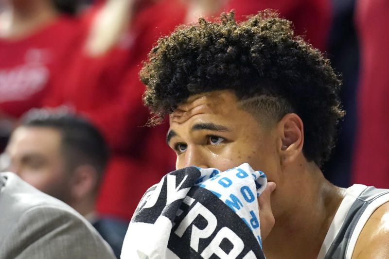 Arizona guard Josh Green watches during the second half of the team's NCAA college basketball game against Oregon on Saturday, Feb. 22, 2020, in Tucson, Ariz. Oregon won 73-72 in overtime. (AP Photo/Rick Scuteri)