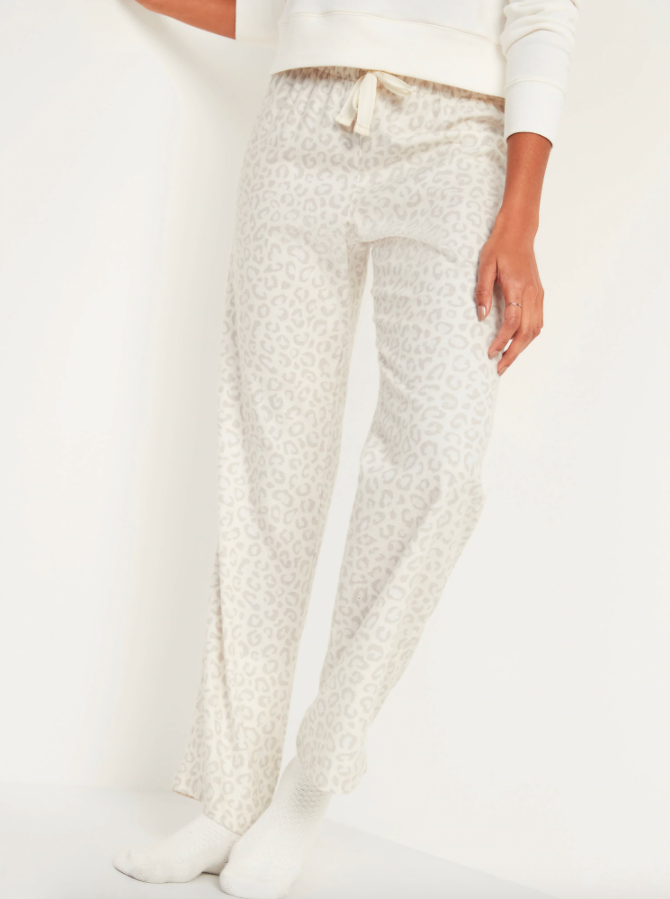 Patterned Flannel Pajama Pants for Women. Image via Old Navy.