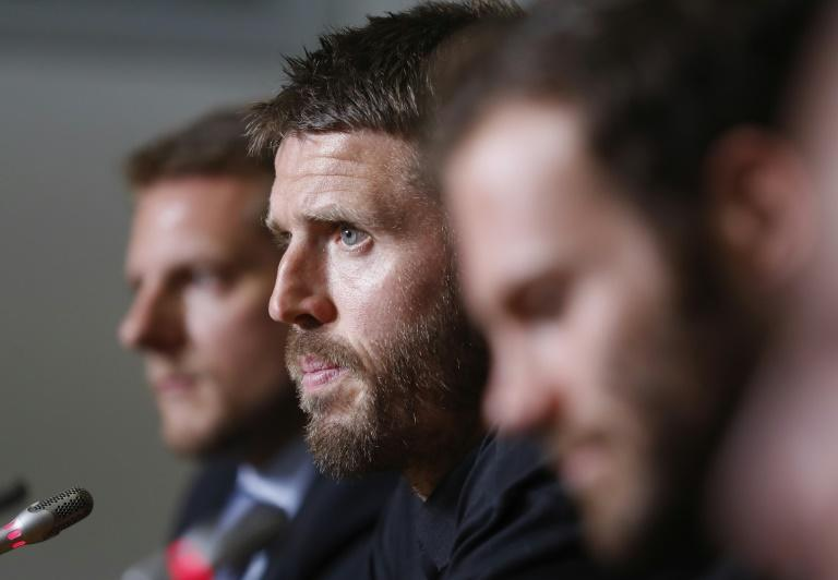 Manchester United club captain Michael Carrick faces an ongoing heart problem and is expected to join the coaching staff at the end of the season