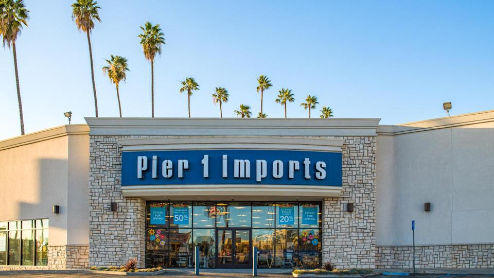 Los Angeles, California: February 28, 2018: A Pier 1 Imports store in the Hollywood area of Los Angeles.