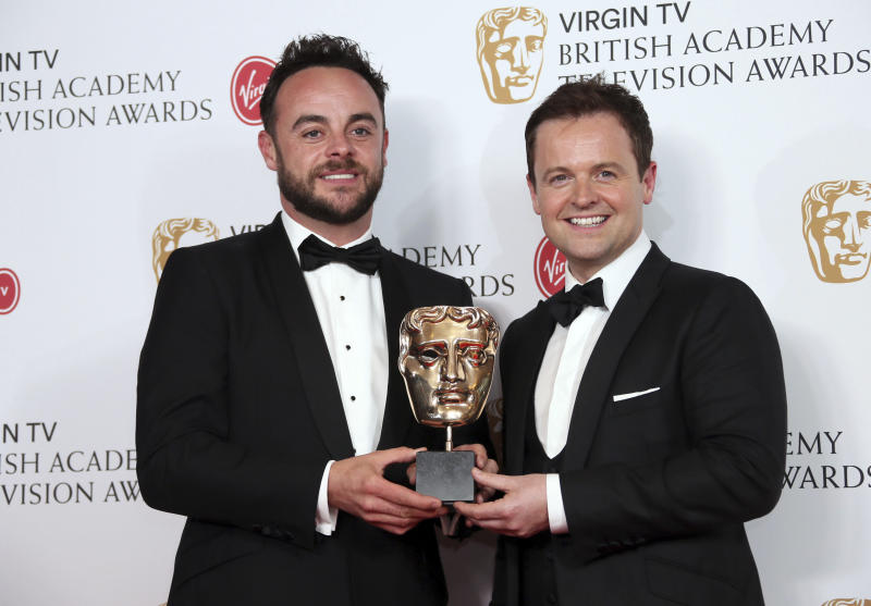 TV presenters Ant and Dec pose with their Bafta for Best Live Event at the British Academy Television Awards at the Royal Festival Hall in London, Sunday, May 14, 2017. (Photo by Joel Ryan/Invision/AP)