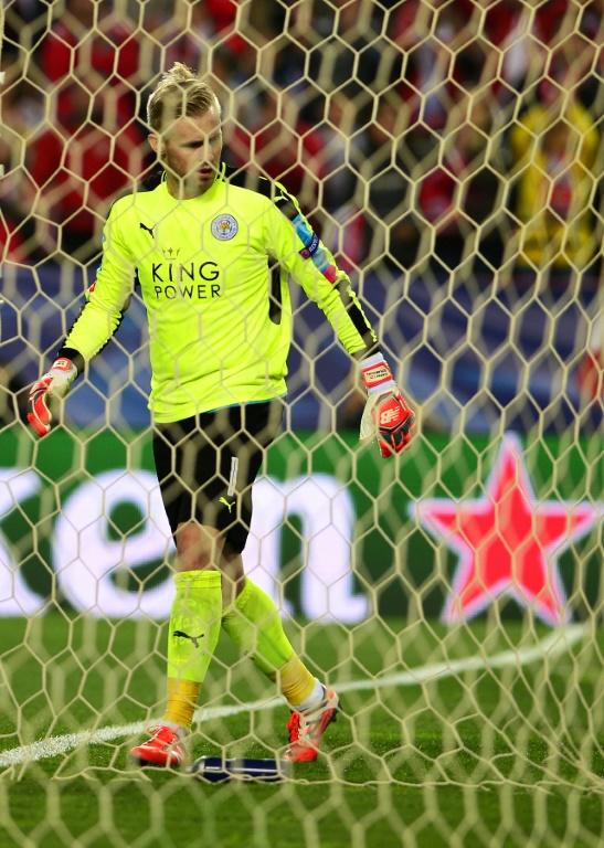 Leicester City's goalkeeper Kasper Schmeichel, seen during their UEFA Champions League round of 16 2nd leg match against Sevilla, at the Ramon Sanchez Pizjuan stadium in Sevilla, on February 22, 2017