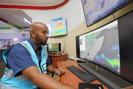 Somalia sets up disaster warning centre to battle floods and locusts
