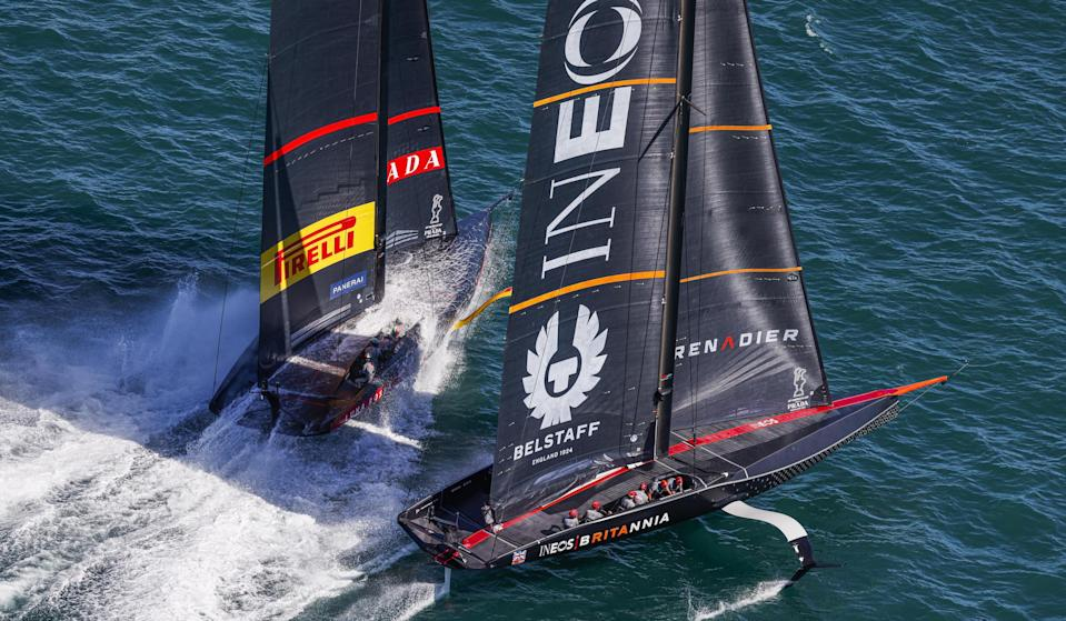 Italy's Luna Rossa and Great Britain's Team Ineos UK Britannia duel in their latest Prada Cup race in Auckland. © COR 36 | Studio Borlenghi