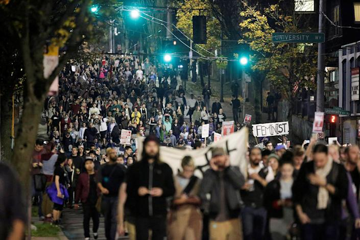 <p>People march in protest to the election of Republican Donald Trump as the president of the United States in Seattle, Washington on Nov. 9, 2016. (Photo: Jason Redmond/Reuters) </p>