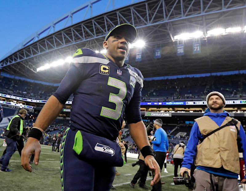Russell Wilson Hits Seahawks With April 15th Contract Deadline