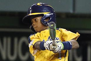 DJ Butler and Chicago advanced to the U.S. championship game by beating Mo'ne Davis' team. (AP)