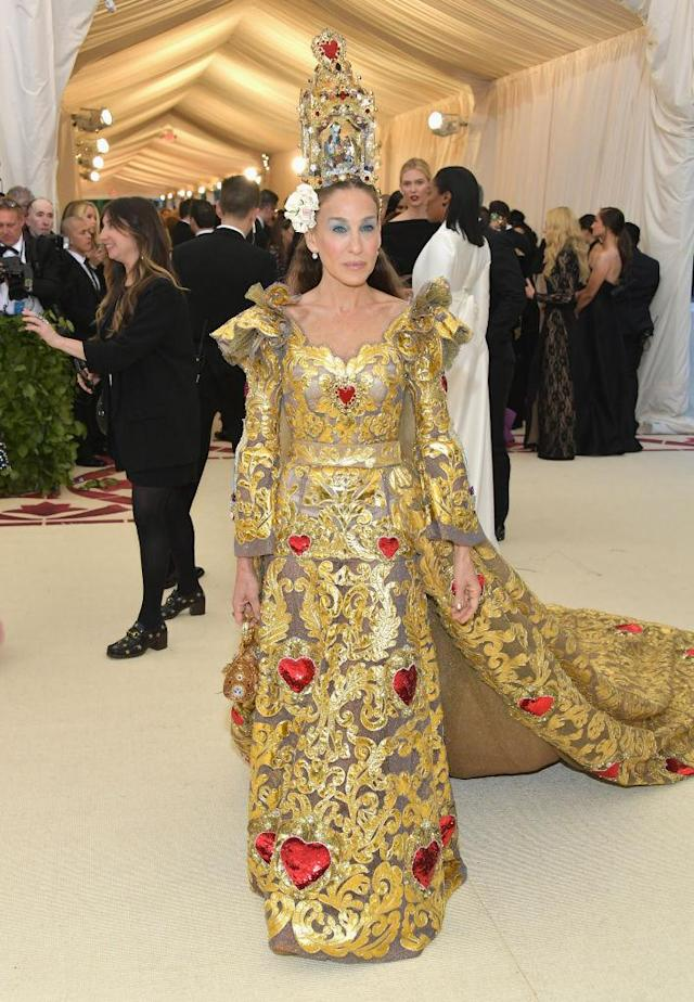 <p>SJP had the internet divided over her Dolce & Gabbana look. (Photo: Getty Images) </p>