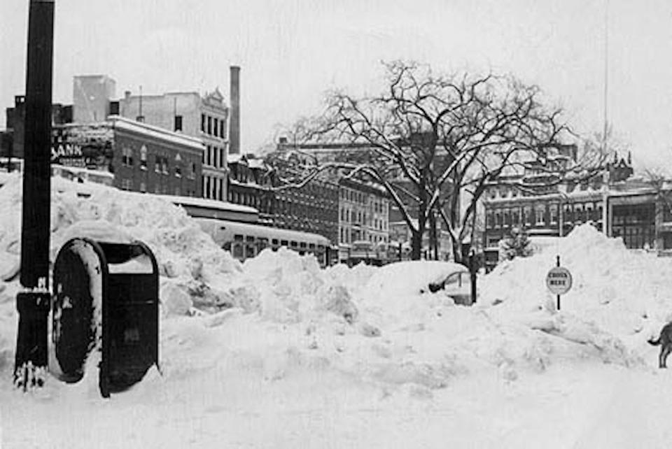 Upper Atlantic Street and Park Row, behind Central Park