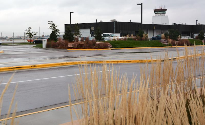 Sioux Falls airport to add connected hotel rooms