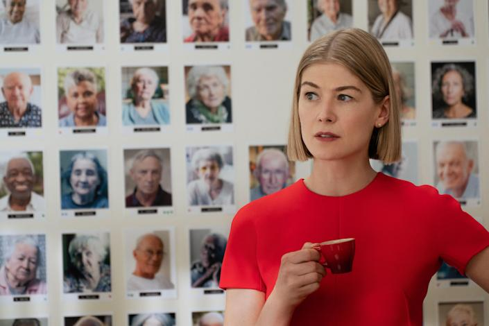 """<p>Rosamund Pike plays a sleek grifter who manipulates the elderly into giving her control of their possessions and fortune, only to find herself on the receiving end of the con when she gets caught up in mob business, in this dark comedy.</p> <p><a href=""""https://www.netflix.com/browse/genre/34399?jbv=81350429"""" rel=""""nofollow noopener"""" target=""""_blank"""" data-ylk=""""slk:Available to stream on Netflix"""" class=""""link rapid-noclick-resp""""><em>Available to stream on Netflix</em></a></p>"""