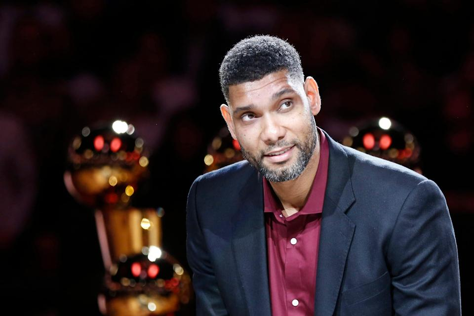 Tim Duncan smiles during a ceremony to retire his No. 21jersey in 2016.