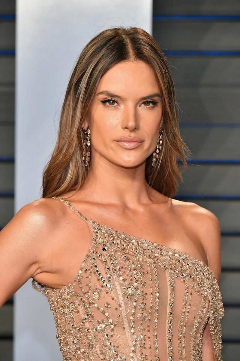 Boobs Photos Alessandra Ambrosio naked photo 2017