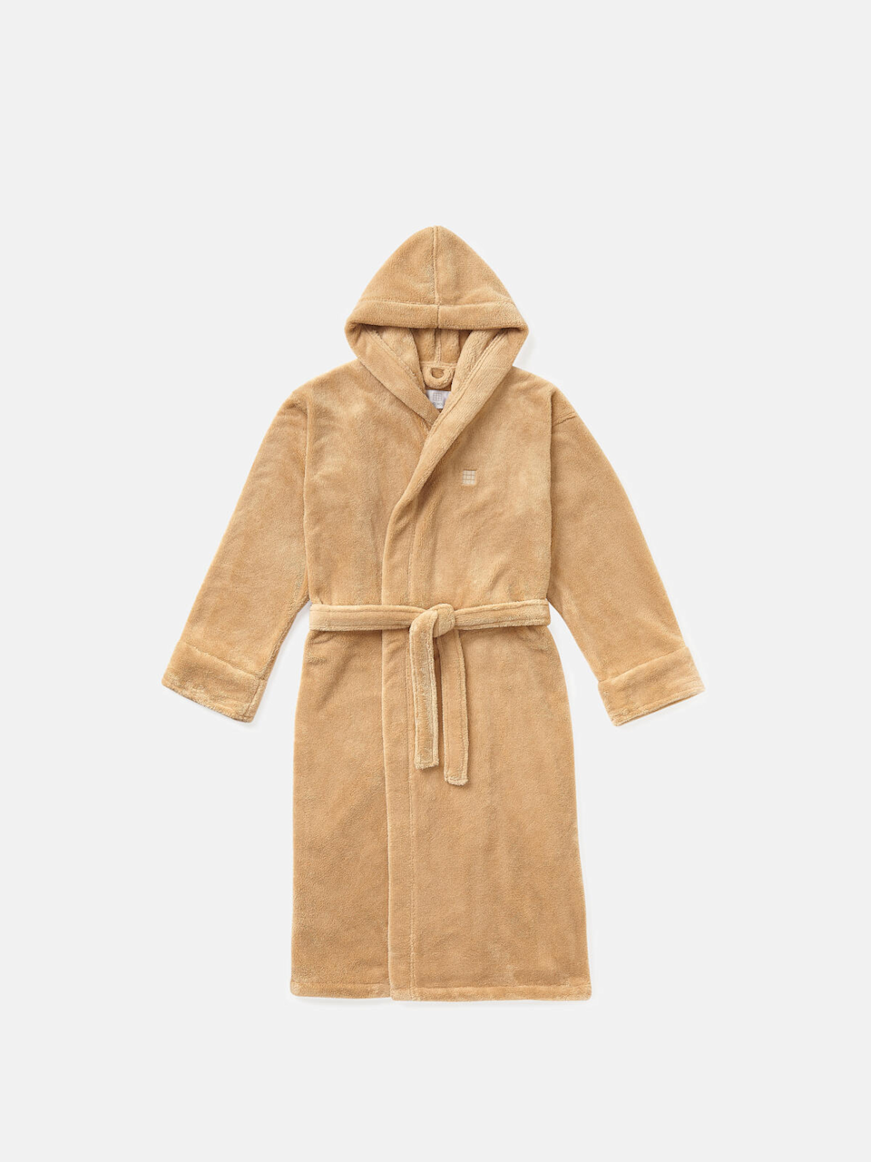 """<h2>Frette House Robe</h2><br>This extra luxurious, super fluffy house robe is perfect if you're trying to feel like your lounging in a chic five-star hotel. This robe includes a hood, attached belt, and is made from 100% recycled fabric. <br><br><br><br><strong>Frette</strong> House Robe, $, available at <a href=""""https://go.skimresources.com/?id=30283X879131&url=https%3A%2F%2Fwww.sohohome.com%2Fus%2Fproducts%2Fhouse-robe%2F75140003"""" rel=""""nofollow noopener"""" target=""""_blank"""" data-ylk=""""slk:Soho Home"""" class=""""link rapid-noclick-resp"""">Soho Home</a>"""