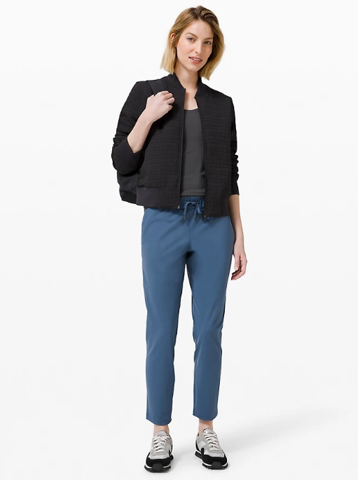 On The Fly 7/8 Pant in ink blue