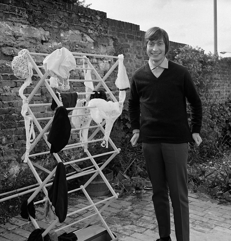 Charlie Watts with the washing. Lewes, SussexGered Mankowitz