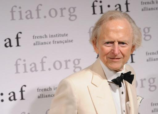 """Tom Wolfe, author of """"The Right Stuff"""" and """"The Bonfire of the Vanities,"""" has died at the age of 88"""