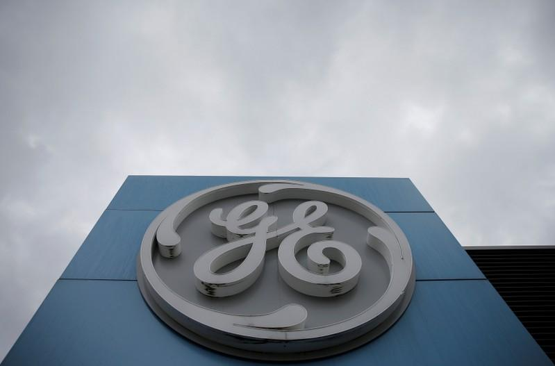 GE unit orders 25 Airbus jets including 12 Rolls-powered A330neo: sources