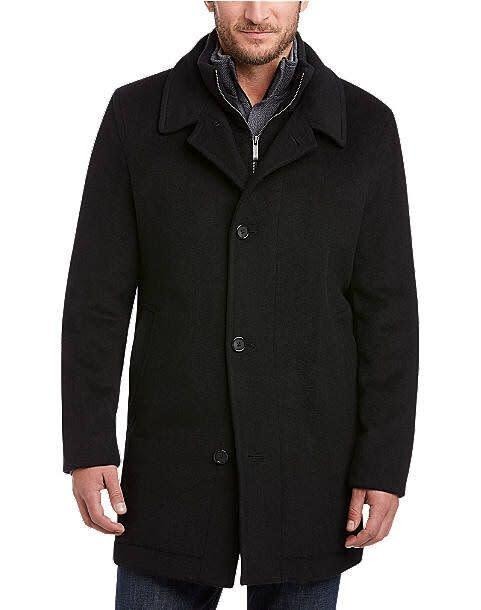 """This jacket comes in sizes S to 2XLT. <a href=""""https://fave.co/2TuvKRk"""" rel=""""nofollow noopener"""" target=""""_blank"""" data-ylk=""""slk:Find it at Men's Wearhouse"""" class=""""link rapid-noclick-resp""""><strong>Find it at Men's Wearhouse</strong></a>."""