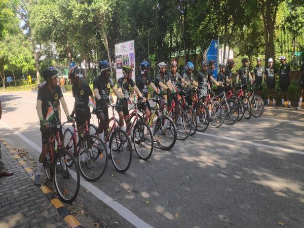 Director General Indo-Tibetan Border Police (ITBP)  flags-off 4th phase of cycle rally