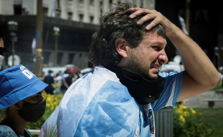 Emotions ran high as Diego Maradona's funeral cortege left the presidential palace in Buenos Aires