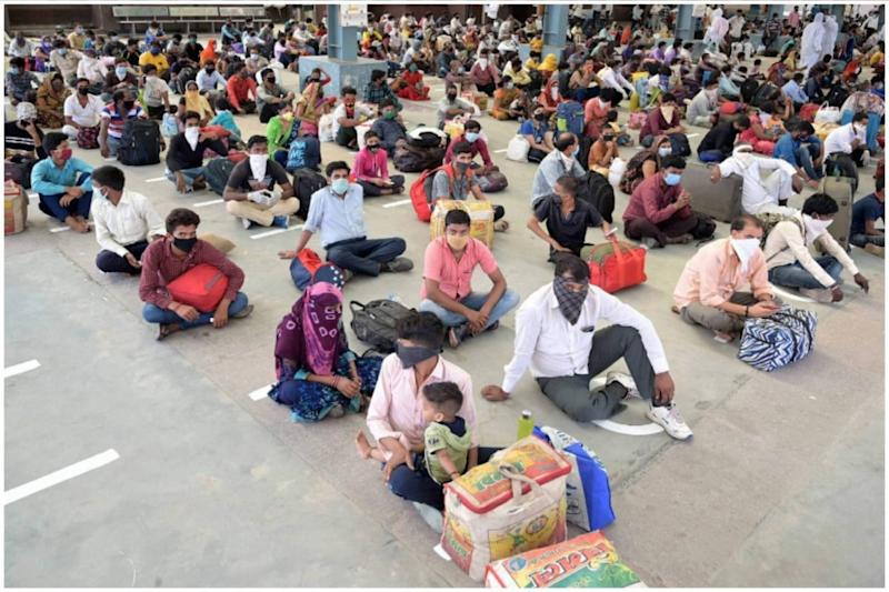 Taking Lesson from Covid-19 Crisis, Telangana to Make Registration of Migrant Workers Compulsory