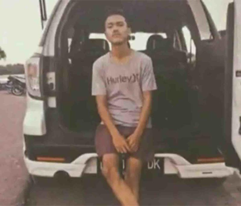 Rizqi Akbur Putra, 19, was killed while riding a scooter on a Bali road. Source: 9 News