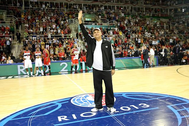 Brazilian basketball legend Oscar Schmidt is introduced prior to the 2013 Global Games. (Getty)