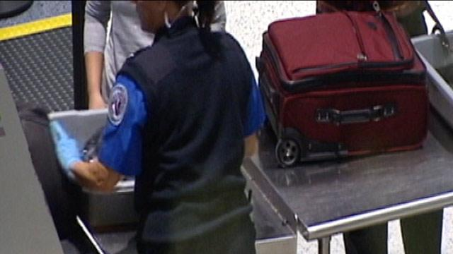TSA Lets Loaded Guns Past Security, on to Planes