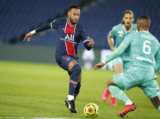 Neymar Scores 2 Psg Routs Angers 6 1 In French League