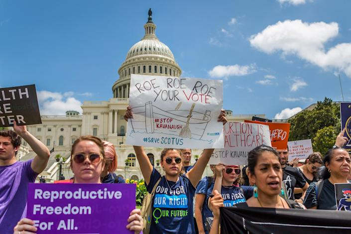 """<span class=""""s1"""">Activists from across the county converged in Washington on Aug. 1 for a protest dubbed """"Say No to Kavanaugh."""" (Photo: Michael Nigro/Pacific Press/LightRocket via Getty Images)</span>"""