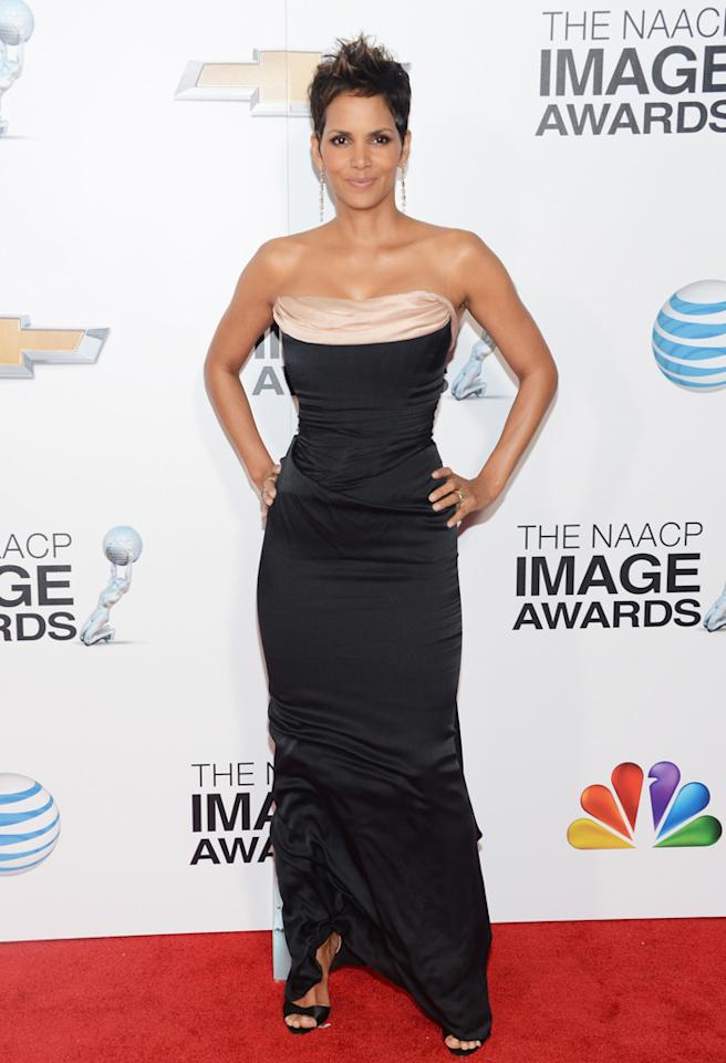 LOS ANGELES, CA - FEBRUARY 01:  Actress Halle Berry arrives at the 44th NAACP Image Awards held at The Shrine Auditorium on February 1, 2013 in Los Angeles, California.  (Photo by Jason Kempin/WireImage)