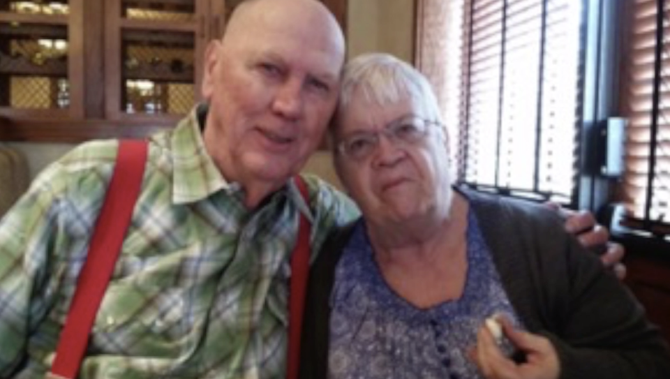 David and Paula Long of Missouri, were married for 38 years. On Dec. 1 2020, Paula died after experiencing COVID-19 symptoms. (Screenshot: Fox 4 Kansas City)