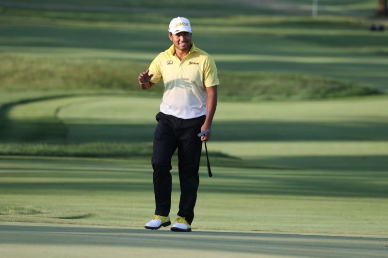 Matsuyama grabs first-round lead on tough day at Olympia Fields