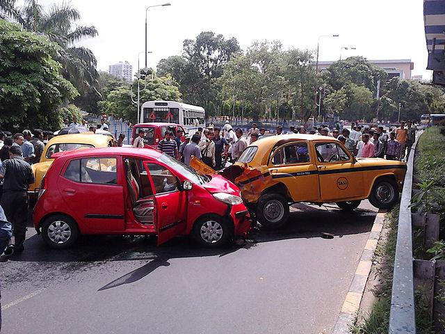The Motor Vehicles Act 2019 has led to major protests across the country. However, in India, 17 deaths occur due to road accidents every hour. Image credit: By Biswarup Ganguly, CC BY 3.0, https://commons.wikimedia.org/w/index.php?curid=19879102