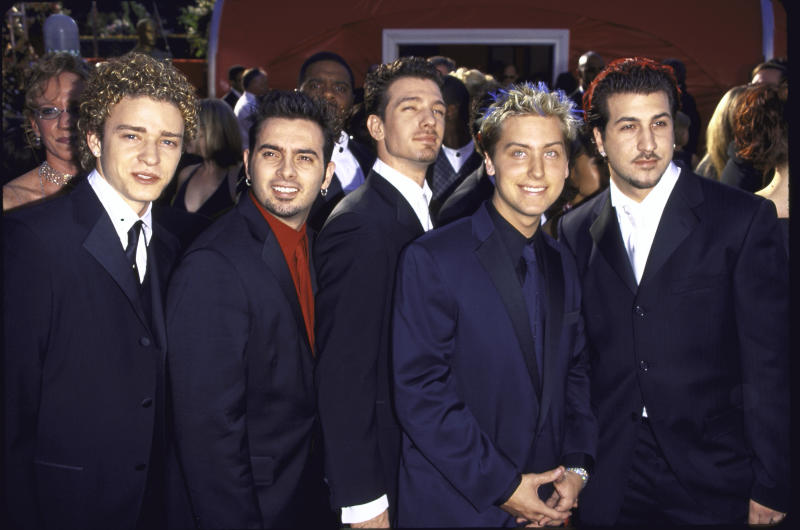 (L-R) Members of musical group 'N SYNC: Justin Timberlake, Chris Kirkpatrick, J.C. Chasez, Lance Bass and Joey Fatone at the Academy Awards. (Photo by Mirek Towski/DMI/The LIFE Picture Collection via Getty Images)