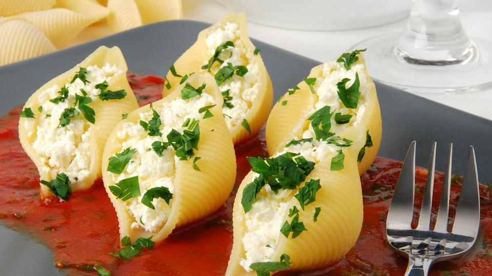 Easy, Cheesy Stuffed Shells