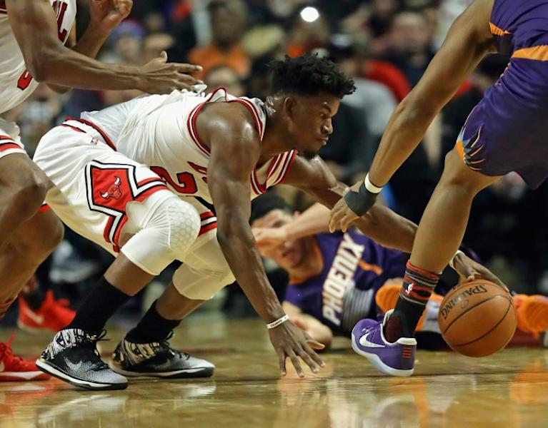 Jimmy Butler scored the final nine points for the Chicago Bulls in their 106-104 win over the Hawks, which saw Chicago improve to 37-39